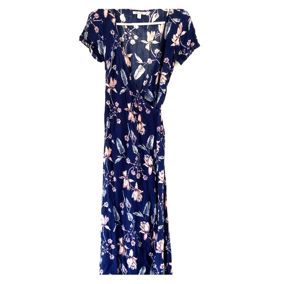 1d29e64dba2 Billabong Dresses | Floral Maxi Wrap Dress | Poshmark